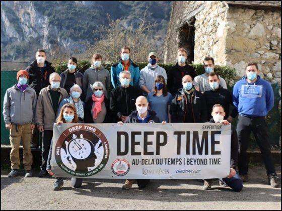 یہ 15 افراد 40 دن تک گہرے غار میں رہیں گے... لیکن کیوں؟