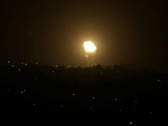 اسرائیلی طیاروں کی غزہ پر فضائی بمباری