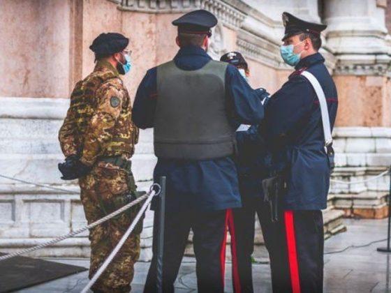 اٹلی میں جاسوسی کے الزام میں 2 روسی سفارتکار ملک بدر، نیوی کیپٹن گرفتار