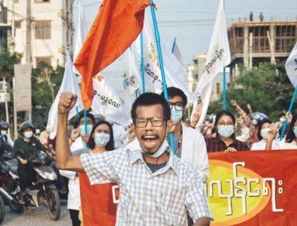 جمہوریت پرشبِ خون، فوج کی فائرنگ سے مزید82 مظاہرین ہلاک