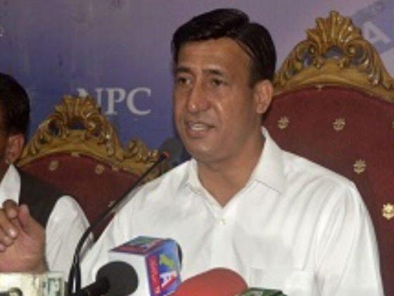 مودی حریت قیادت کو جیلوں میں بند کرکے کانفرنس کا ڈرامہ کررہا ہے، عبدالحمید لون