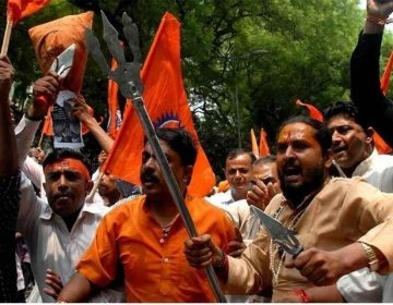 بھارتی ہندو انتہا پسند ٹیم کی شکست پر آپے سے باہر، محمد شامی بھی نشانے پر